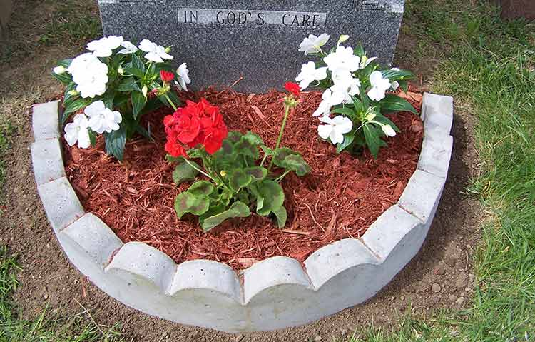 Border-around-gravestone-for-plants